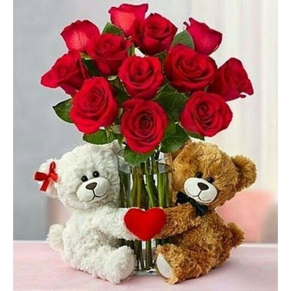 Red Roses Bunch With Teddy Bears