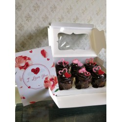 Love Express Customized Cup cakes with Greeting card