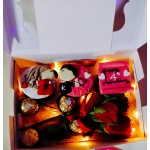 Special Glow Customized Cup Cakes Box
